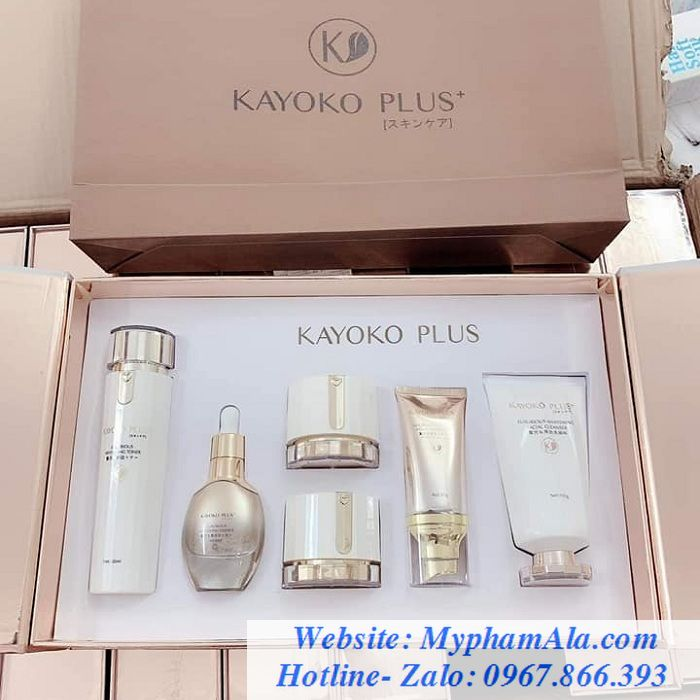 Bo-my-pham-kayoko-plus-+-moi-tri-nam-duong-trang-da-700x700