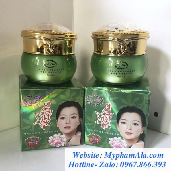 Bo-my-pham-tri-nam-trang-da-hoa-nhai-han-quoc-2in1-690×690